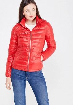 Пуховик, United Colors of Benetton, цвет: красный. Артикул: UN012EWVXJ97. Женская одежда / Верхняя одежда / Пуховики и зимние куртки